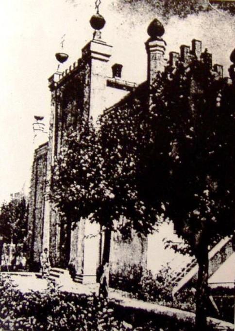 Prawdopodobnie jedyne zdjęcie synagogi, które zachowało się z tamtych czasów.